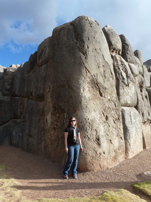 Largest Existing Boulder to Saqsaywaman (350 tons)