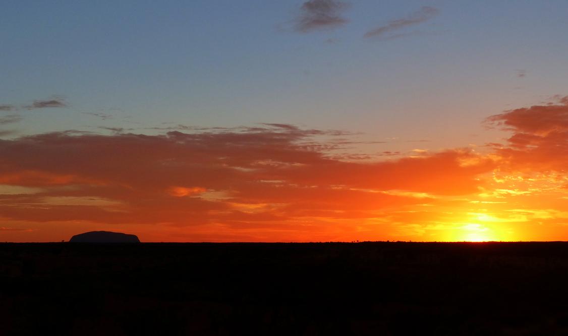 Sunrise at Uluru AM
