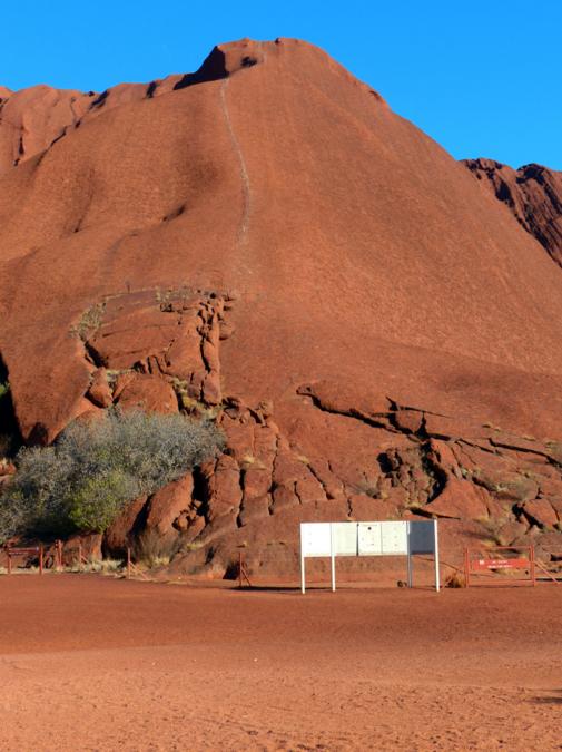 Track to climb Uluru