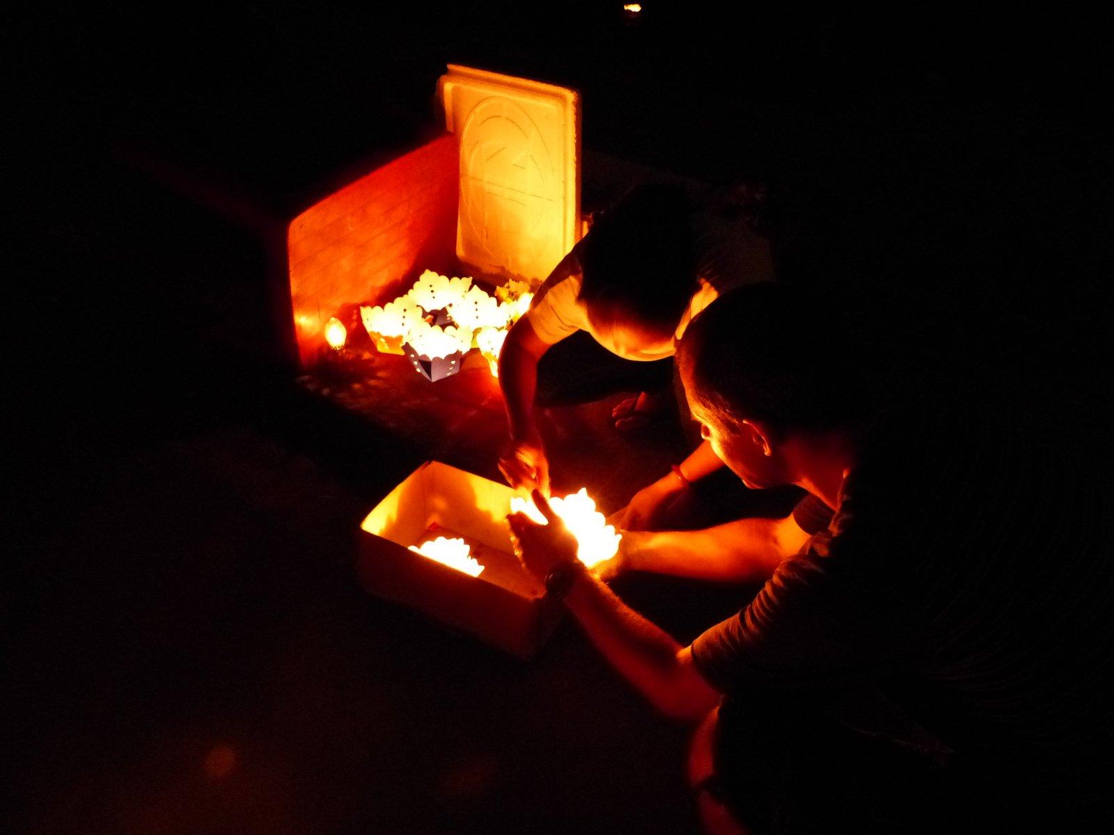 Kyle getting his lantern lit.