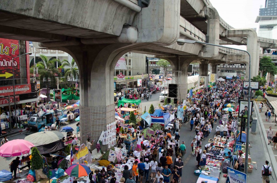 One of the more important (& larger roads) in Bangkok, shutdown and turned into a protest site, complete with food stalls, and places to shop for everything from cell phone covers to handbags to protest related items.