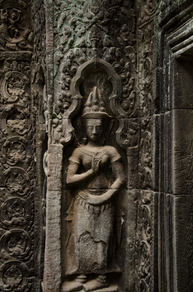 Apsara statue at Ta Phrom Temple.