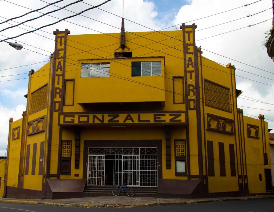 Teatro Gonzalez in Leon