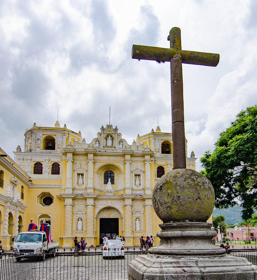 El Merced, usually the most beautiful church in any colonial city.