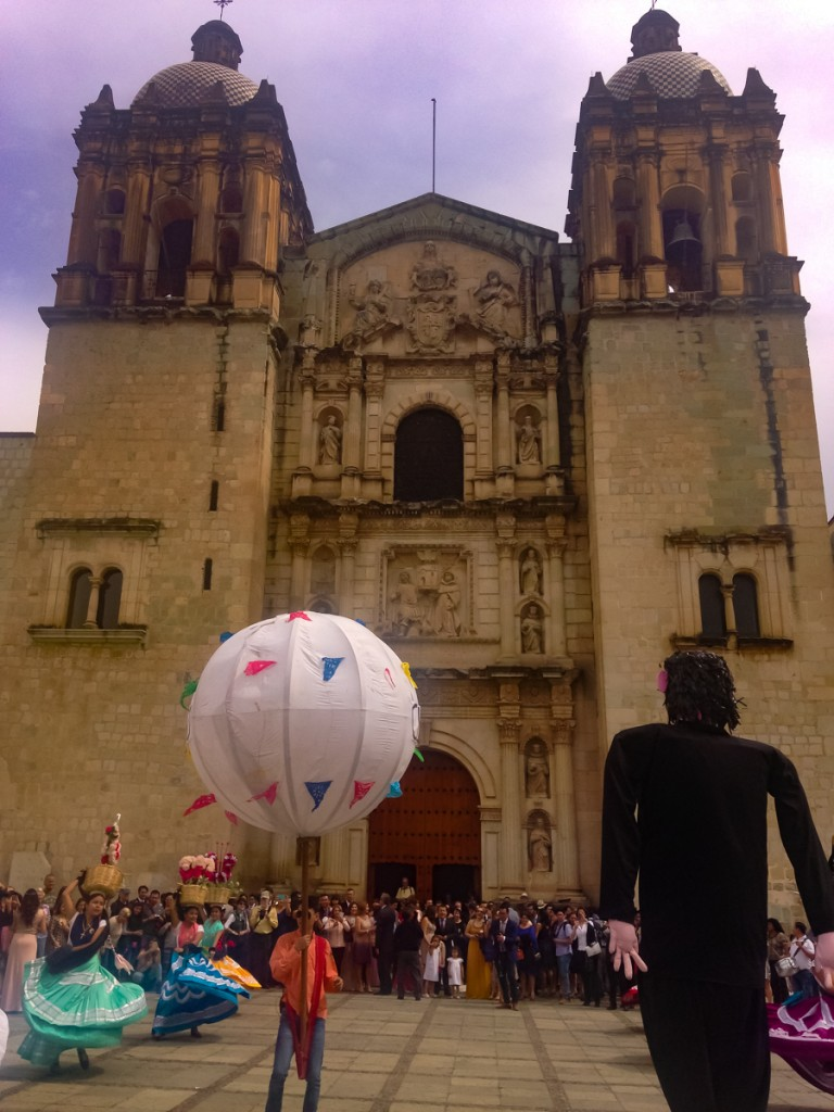{Wedding celebrations outside Santo Domingo, complete with dancers, globos, & gigantes.}