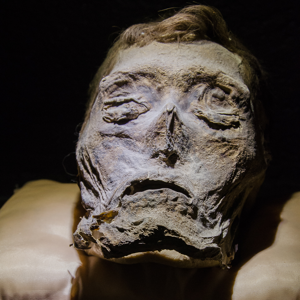 {All that survived of this man, Augusto, is his head. I think he looks like Abraham Lincoln.}