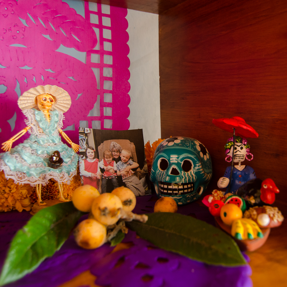 {The Muertos markets are full of all sorts of fun little figures to place on your ofrenda or on graves in the cemeteries. These two were found at the market in Tlacololula. And a photo of a special lady.}