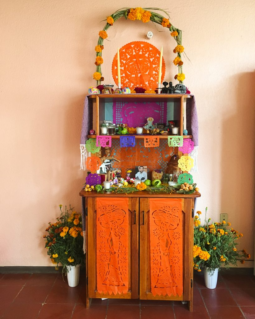 {Our ofrenda}